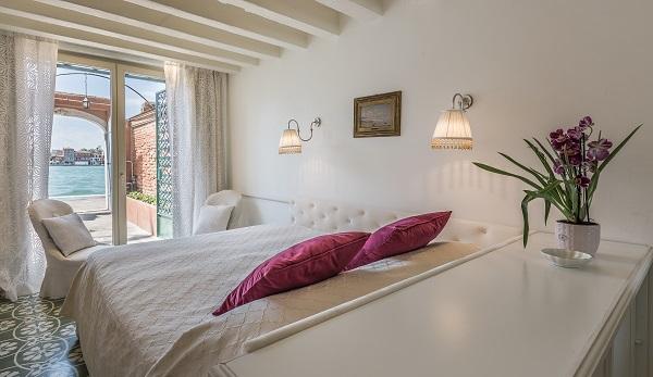 Ca' Dell'Ulivo master bedroom